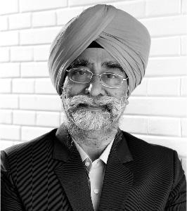 Mr. Manvinder Singh